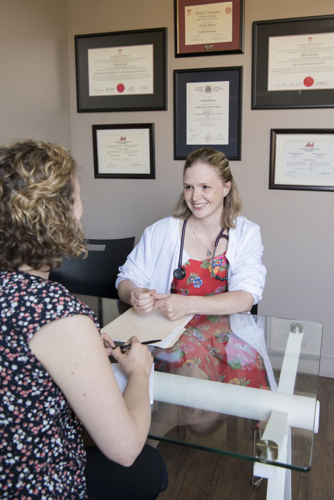 Family Physician Dr. Alex Orr (left) and Nurse Elizabeth Jack of Santé Kildare, a Family Medicine Group in Cote Saint-Luc that took on, last fall, 400 new patients who previously had no family doctor.