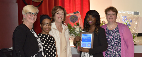Emerging talent prize recipient Kassandra Phanord (third from left). From left, Dencia Jean-Paul, member of the Youth Committee of the Regional Order of Nurses of Montreal/Laval (ORIIM/L); Louise Villeneuve, ORIIM/L Vice-President; Ms. Phanord; and Josée F. Breton, ORIIM/L President.