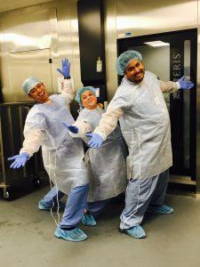 Barbara Dejon Faire partie d'une bonne équipe rend la vie bien plus agréable!  De la gauche : Michael Caldeo, Barbara Dejon et Jeffrey Plastina.