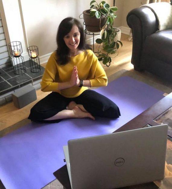 Tina Balazovjech du Centre West Island Therapy and Wellness, offre une séance de méditation sur Zoom: « Appuyez sur le bouton de réinitialisation et concentrez-vous uniquement sur vous-même »