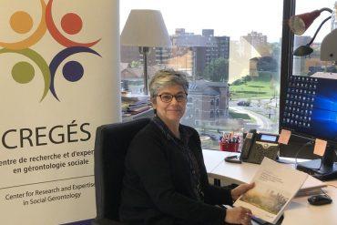 La travailleuse sociale Zelda Freitas, coordinatrice du Domaine d'expertise en proche aidance au CREGÉS, dit que les rituels aident les personnes affligées à surmonter leur chagrin
