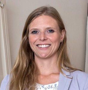Erin Cook, directrice adjointe du programme Soutien à l'autonomie des personnes âgées (SAPA)